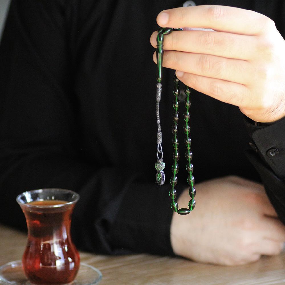 1000 Ayar Kazaz Püsküllü Arpa Kesim Yeşil-Siyah Sıkma Kehribar Tesbih