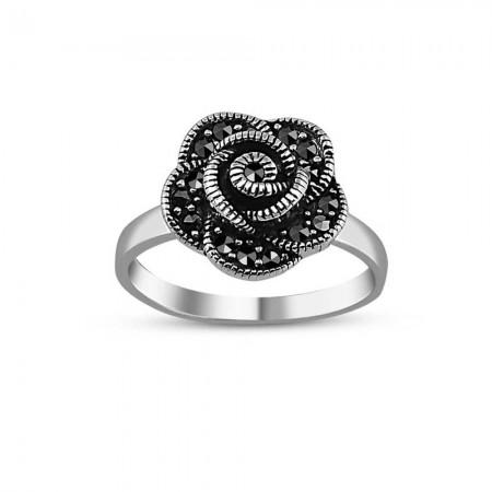 - 925 Ayar Gümüş Bayan Çiçek Yüzük