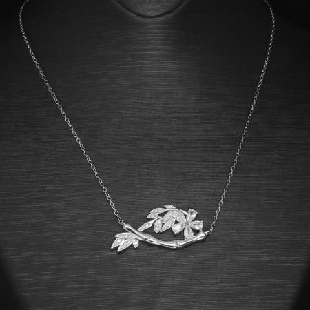 Tesbihane - Beyaz Zirkon Taşlı Çiçek-Yaprak Tasarım 925 Ayar Gümüş Bayan Kolye