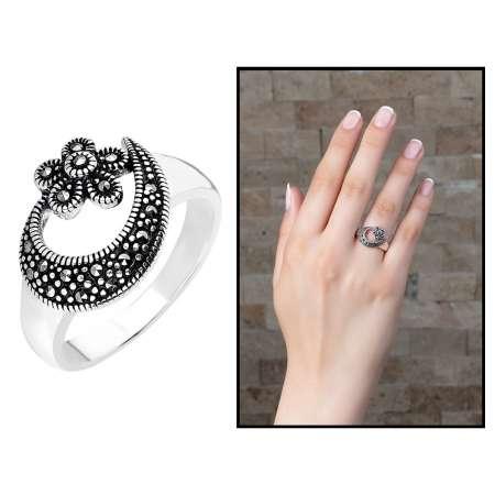 Tesbihane - 925 Ayar Gümüş Siyah Zirkon Taşlı Çiçek-Hilal Tasarım Bayan Yüzük