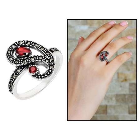 Tesbihane - 925 Ayar Gümüş Kırmızı-Siyah Zirkon Taşlı Yarım Tur Bayan Yüzük
