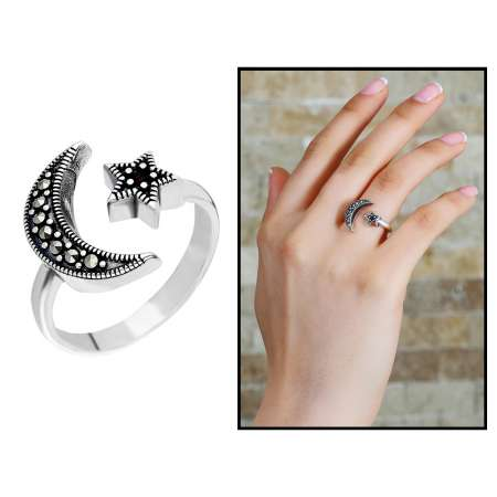 Tesbihane - 925 Ayar Gümüş Siyah Zirkon Taşlı Ayyıldız Tasarım Bayan Yüzük