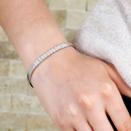 Sıralı Zirkon Taş İşlemeli 925 Ayar Gümüş Su Yolu Bayan Bileklik - Thumbnail