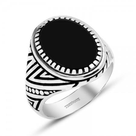 Tesbihane - 925 Ayar Gümüş Desenli Oval Model Oniks Taşlı Yüzük