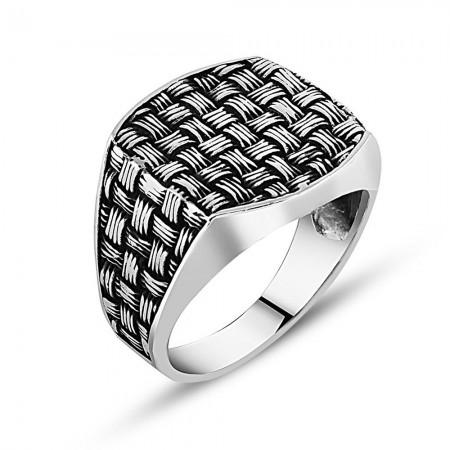- Sentetik Taşlı 925 Ayar Gümüş Düğüm Yüzük