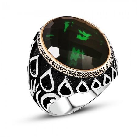 Tesbihane - Damla Desen İşlemeli Yeşil Zirkon Taşlı 925 Ayar Gümüş Erkek Yüzük