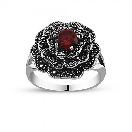 - 925 Ayar Gümüş Kırmızı Zirkon Taşlı Çiçek Yüzük