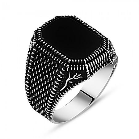 Tesbihane - Lale İşlemeli Siyah Oniks Taşlı 925 Ayar Gümüş Erkek Yüzük