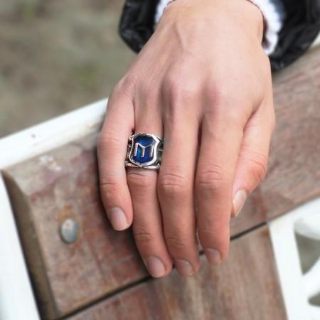 Tesbihane - 925 Ayar Gümüş Mavi Mine Üzerine ''Kayı'' İşlemeli Yüzük - Model 1