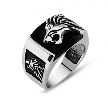 Tesbihane - Aslan Motifli Siyah Oniks Taşlı 925 Ayar Gümüş Erkek Yüzük