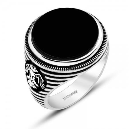 - 925 Ayar Gümüş Oniks Taşlı Selçuklu Kartalı Model Yüzük