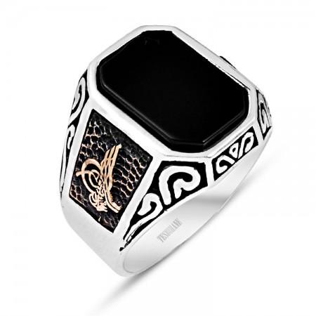 - 925 Ayar Gümüş Oniks Taşlı Tuğra Model Yüzük