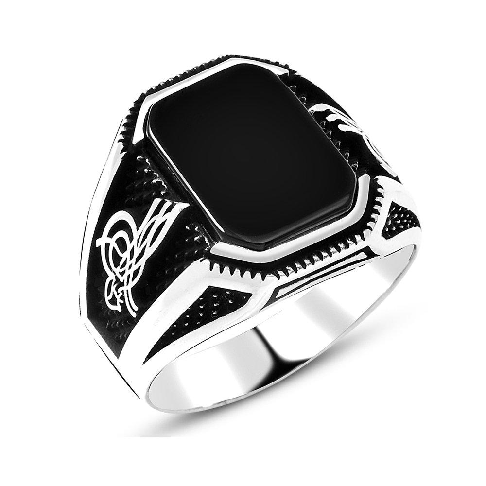 Tuğra İşlemeli Siyah Dörtgen Oniks Taşlı 925 Ayar Gümüş Erkek Yüzük