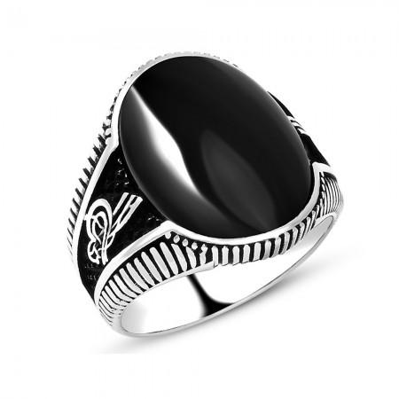 Tesbihane - 925 Ayar Gümüş Oniks Taşlı ve Tuğra Desenli Yüzük