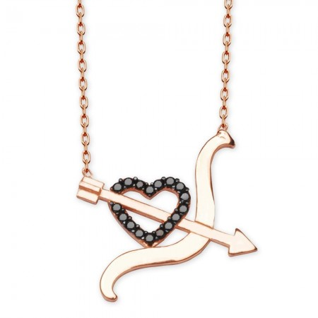 - 925 Ayar Gümüş Siyah Zirkon Taşlı Kalpli Yay Ok Tasarım Kolye