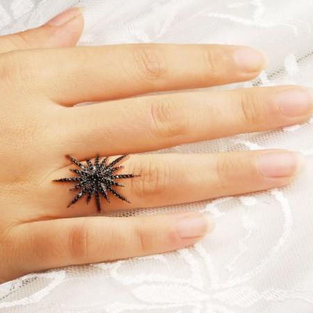 Tesbihane - 925 Ayar Gümüş Siyah Zirkon Taşlı Kutup Yıldızı Model Yüzük