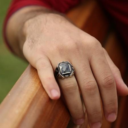 Tuğra İşlemeli Siyah Zirkon Taşlı 925 Ayar Gümüş Payitaht Erkek Yüzük - Thumbnail