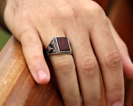Tuğra İşlemeli Akik Taşlı 925 Ayar Gümüş Erkek Yüzük - Thumbnail