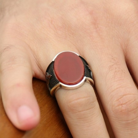 Tesbihane - 925 Ayar Gümüş Tuğra Tasarım Oval Kırmızı Akik Taşlı Yüzük