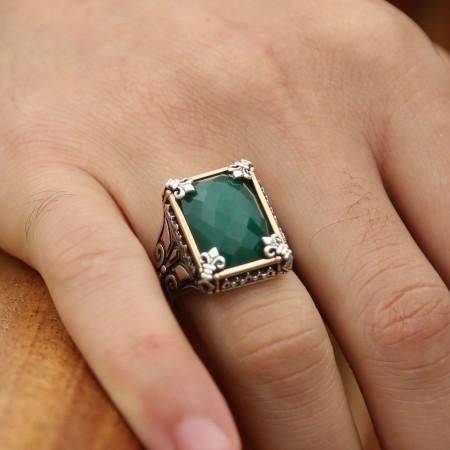 Tesbihane - 925 Ayar Gümüş Yeşil Zirkon Taşlı Yüzük