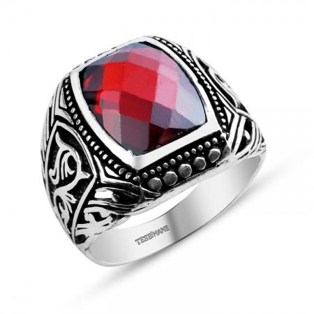 Tesbihane - 925 Ayar Gümüş Zarif Motif İşlemeli Kırmızı Zirkon Taşlı Yüzük