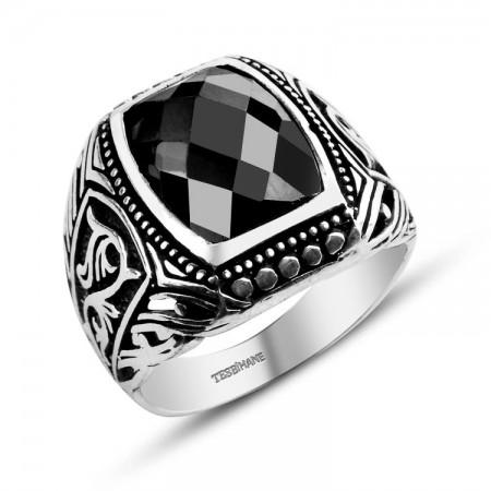- 925 Ayar Gümüş Zarif Motif İşlemeli Zirkon Taşlı Yüzük (EY-ZRFMTF)