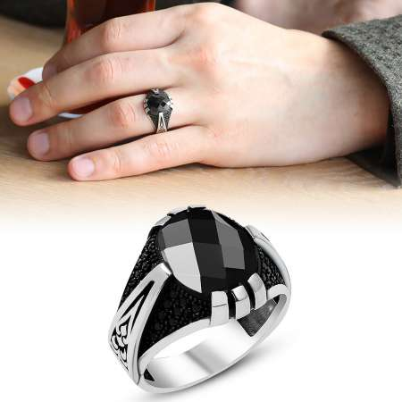 Mikron Taşlı İşlemeli Siyah Oniks Taşlı 925 Ayar Gümüş Erkek Yüzük - Thumbnail