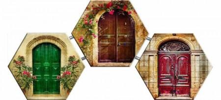 Çiçeklerle Süslenmiş Kapı Temalı Kanvas Tablo - Thumbnail