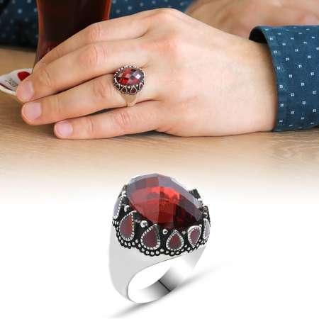 Tesbihane - Damla Desen İşlemeli Kırmızı Zirkon Taşlı 925 Ayar Gümüş Erkek Yüzük (M-2)