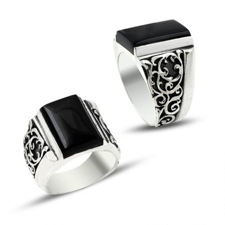 - Erzurum El İşi Mineli Gümüş Yüzük