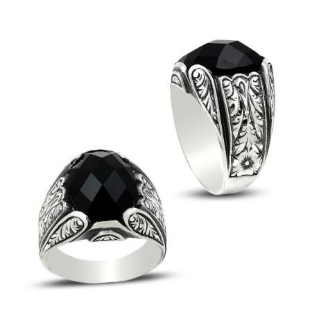 - Erzurum El İşi Siyah Zirkon Taşlı Gümüş Yüzük