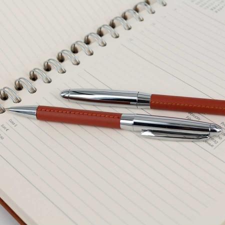Tesbihane - İsme özel ikili Kalem ve Anahtarlık Seti Taba