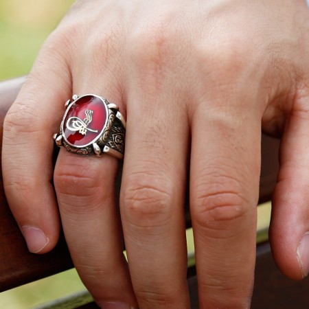 Tesbihane - kırmızı Mine Üzerine Tuğralı 925 Ayar Gümüş Oval Yüzük