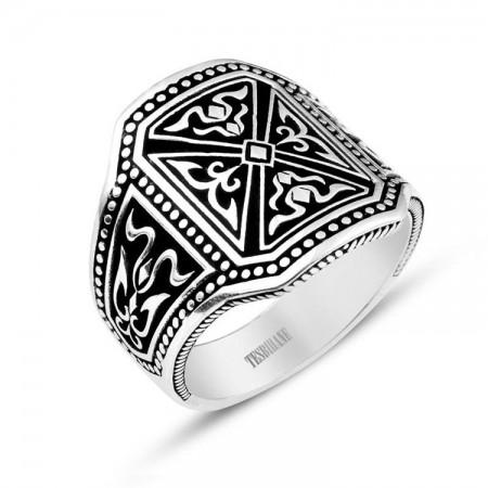 - 925 Ayar Gümüş Pusat Yüzüğü