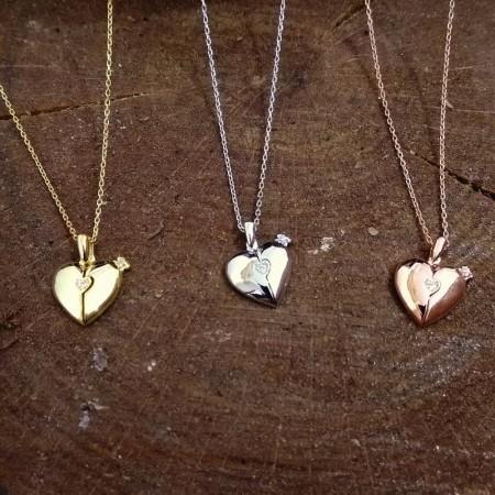 Tesbihane - Zirkon Taşlı Açılır Kalp Kişiye Özel İsim Yazılı 925 Ayar Gümüş Kolye